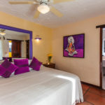 B5 - Standard Room, King Bed or 2 Twin Beds, Partial Ocean View